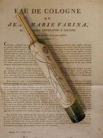 File:Perle's Aroma Atelier - Eau de Cologne Flacon 1811.jpg