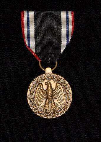File:Prisoner of war medal.jpg