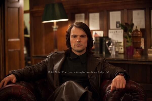 File:Dimitri sitting.jpg