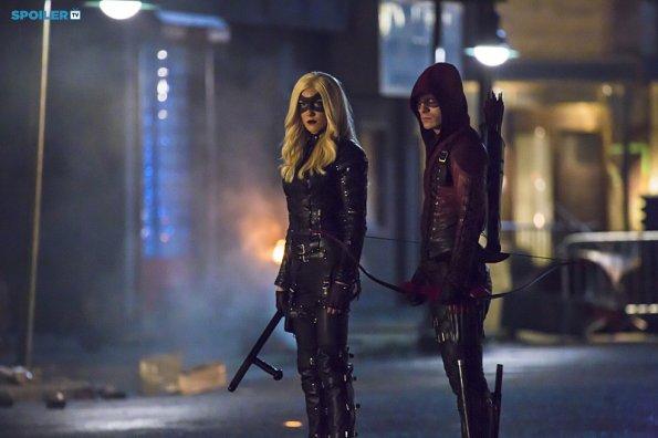 File:Arrow - Episode 3 12 - Uprising - Promotional Photos(b).jpg