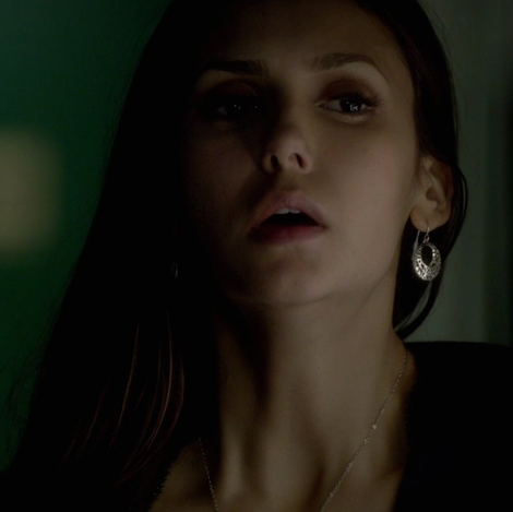 File:Elena-gilbert-and-target-filigree-disc-drop-earrings-mixed-metal-gallery.png