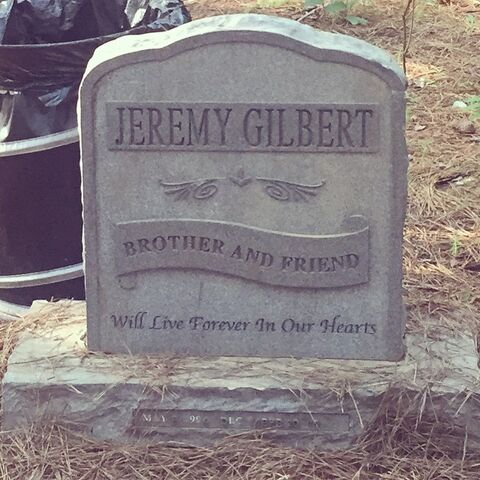 File:Grave-Jeremy.jpg
