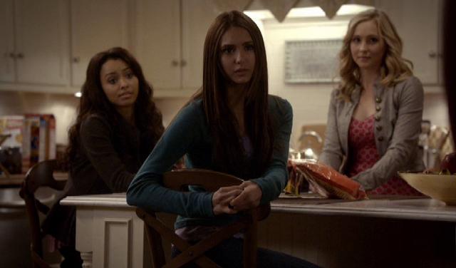 File:Elena, Bonnie & Caroline Forbes.png