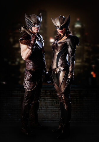 File:Legends of Tomorrow - Hawkman and Hawkgirl.jpg