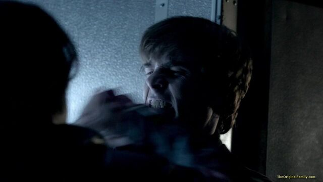 File:013-tvd-4x11-catch-me-if-you-can-theoriginalfamilycom.jpg