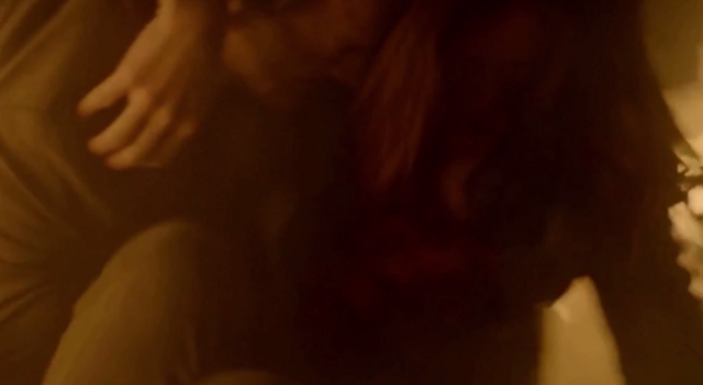 File:Elijah saving Hayley 1x13.png