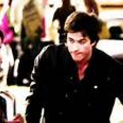 Damon asks Bonnie to hand over the necklace