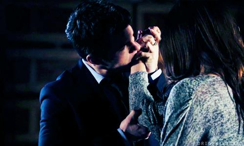 File:Elijah bites Hayley.png