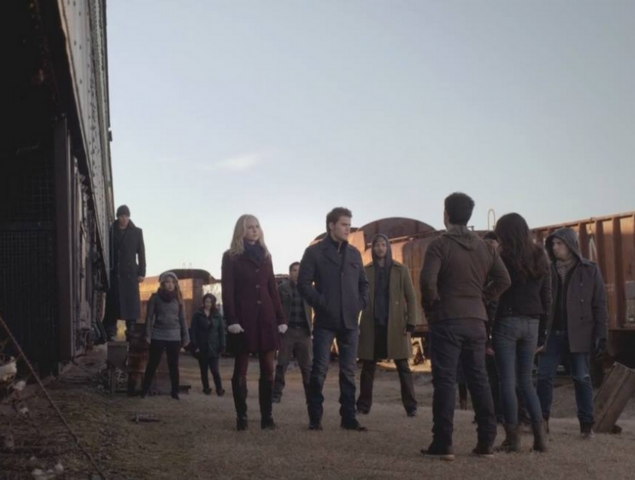 File:Caroline-Stefan-Enzo and the travelers 5x16.png