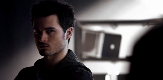 File:Enzo in 5x16.png