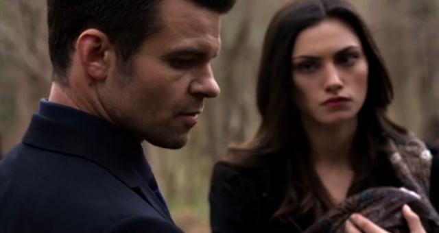 File:Elijah-Hayley in 2x20.png