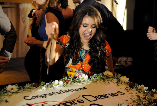 File:The Vampire Diaries 100th episode celebration (3).jpg