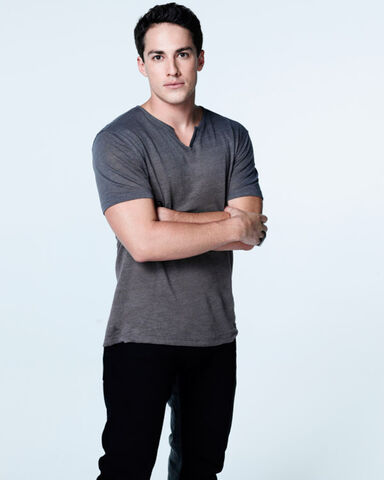 File:TVD-S5-Cast-photos (3).jpg