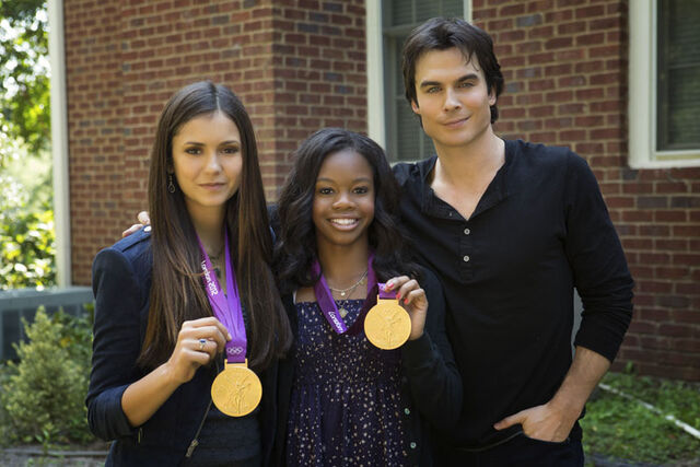 File:Vampire-diaries-season-4-my-brothers-keeper-promo-pics-bts-photos-4.jpg