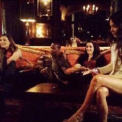 Elizabeth Blackmore, Jaiden Kaine, Annie Wersching, Scarlett_Byrne 6 de octubre de 2015