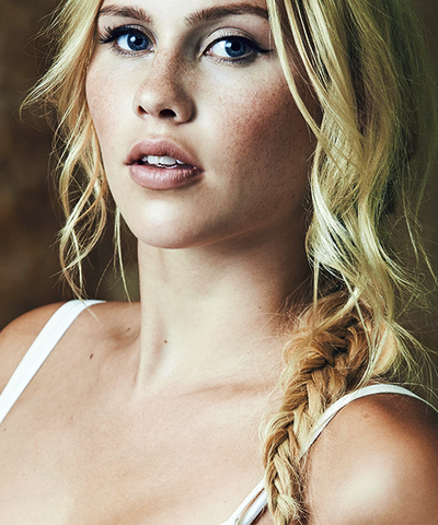 File:ClaireHolts8.png