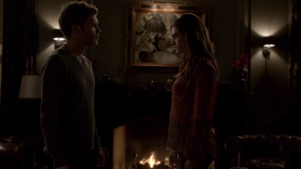 File:Klaus and hayley.png