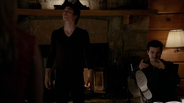 File:The.vampire.diaries.s05e20.1080p.web.dl.x264-mrs.mkv snapshot 25.32 -2014.05.14 02.31.04-.jpg