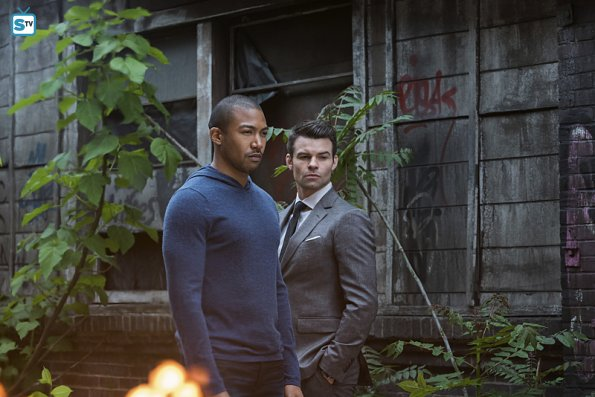 File:The Originals - Episode 2 22 - Ashes to Ashes - Promotional Photo(e).jpg