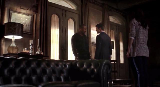 File:Marcel-Elijah-Hayley 1x14.png