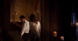 Elijah and Hayley 2x01