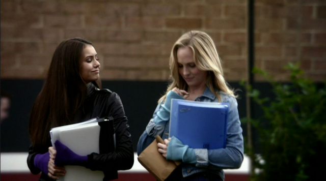 File:Elena and Caroline 1x12.png