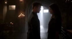Elijah and Hayley in 2x02