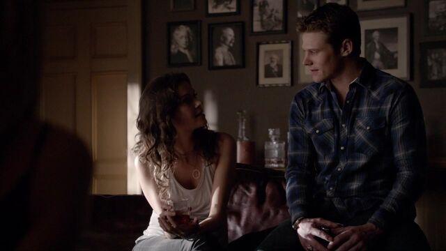 File:The Vampire Diaries S05E14 MattNadia3.jpg