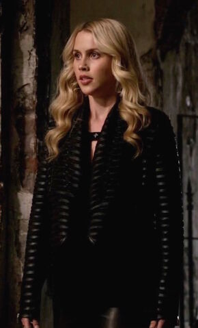 File:TO 222 Rebekah 1.jpg