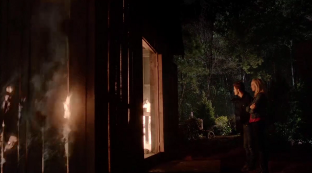 File:Stefan and Caroline in 5x20....png