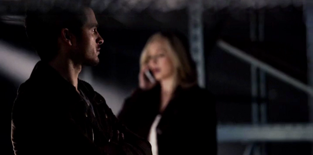 File:Enzo and Caroline 5x16.png