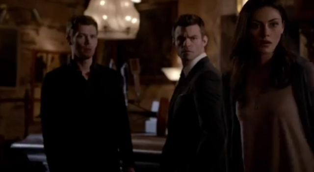 File:Klaus-Elijah-Hayley- 2x19.png