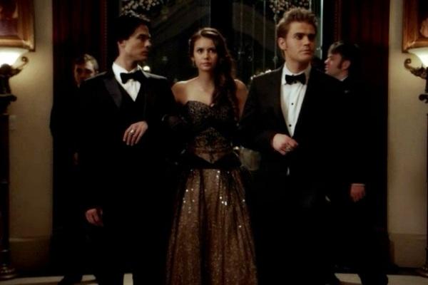 File:Elena-stefan-damon-vampire-diaries-1-.jpg