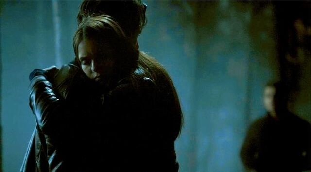 File:Elena hugs Damon.jpg