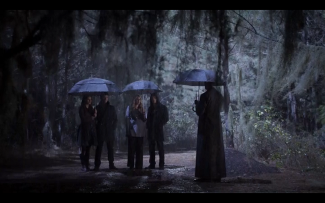 File:1x11-Mikaelson family.png