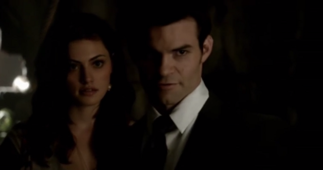 File:Hayley and Elijah in 1x1.png
