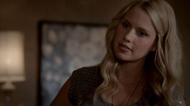 File:Rebekah 6 TO 1x06.jpg