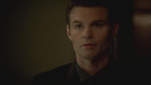 File:The-Vampire-Diaries-3x13-Bringing-Out-the-Dead-HD-Screencaps-elijah-28811927-1280-720.jpg