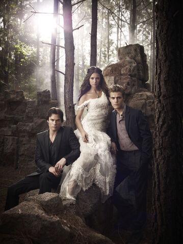 File:Promo-HQ-the-vampire-diaries-15538977-1498-2000.jpg