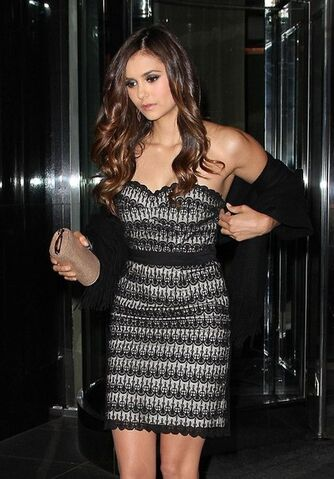 File:CW-Upfronts-Party-2012-nina-dobrev-30864504-421-604.jpg