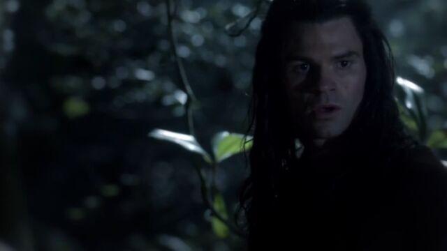 File:Elijah 5 TO 1x01.jpg