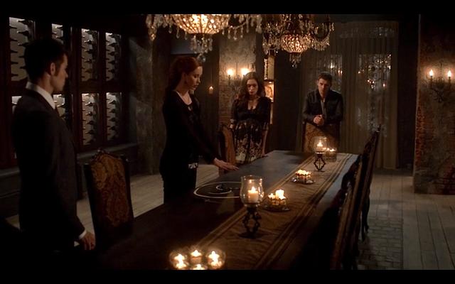 File:1x21-Hayley, Klaus, Elijah & Genevieve.png
