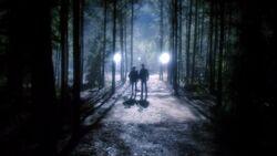 The.Vampire.Diaries.S05E22.720p.HDTV.X264-DIMENSION.mkv snapshot 41.19 -2014.05.17 16.11.54-