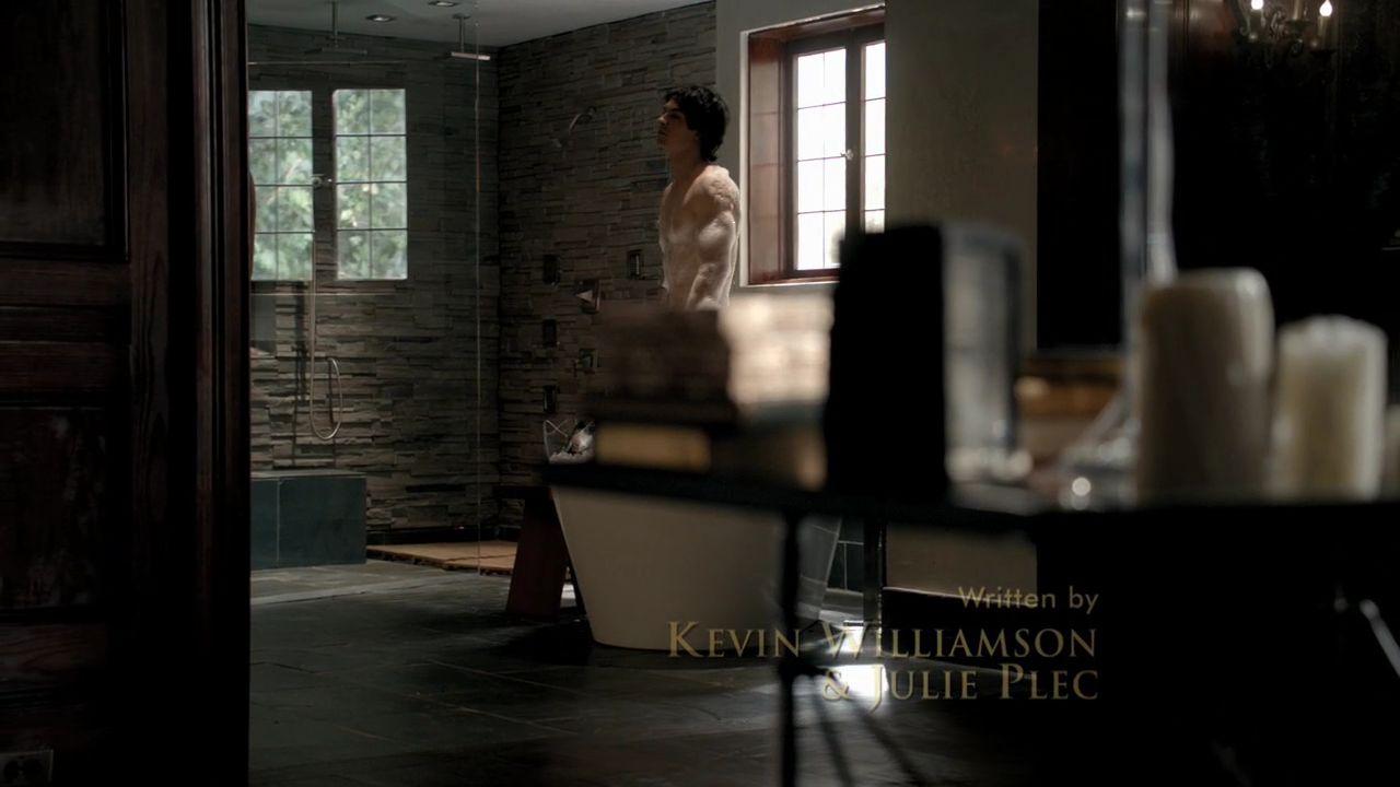 Vampire diaries bedroom - 301vampirediaries0264 Jpg