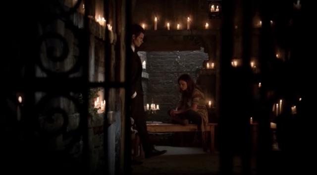 File:Elijah-Hayley 1x1.png