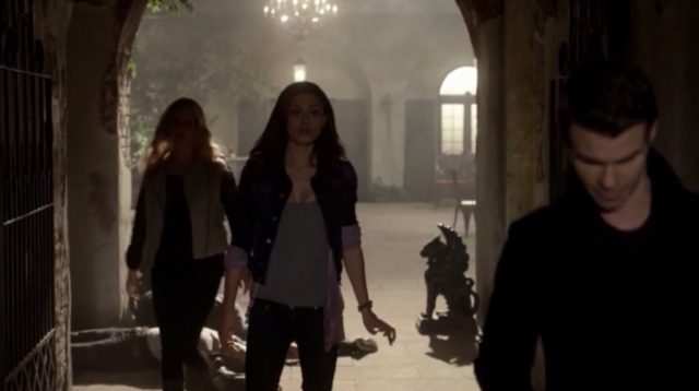 File:Rebekah-Hayley-Elijah 1x9.png