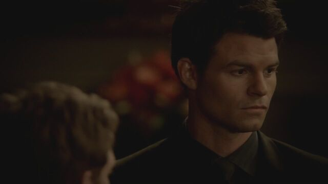 File:The-Vampire-Diaries-3x13-Bringing-Out-the-Dead-HD-Screencaps-elijah-28812070-1280-720.jpg