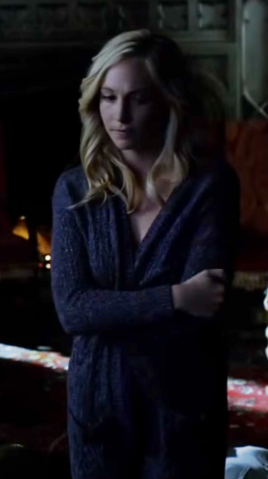 File:Caroline Forbes clothes 6x15.png