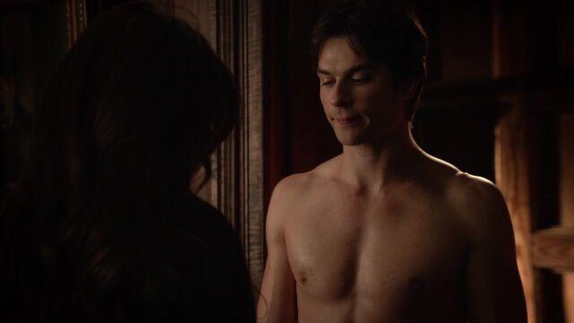 File:The Vampire Diaries S05E17 720p kissthemgoodbye net 0194.jpg