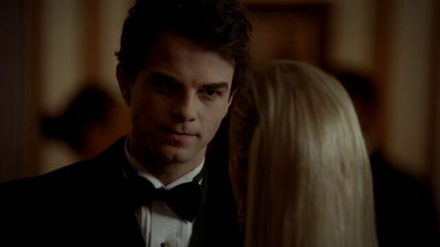File:3x14-Dangerous-Liaisons-kol-and-rebekah-29032099-1280-720.jpg